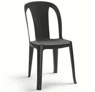 Alquiler silla negra plástico